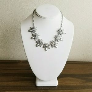 CHARMING CHARLIE Silver Statement Necklace